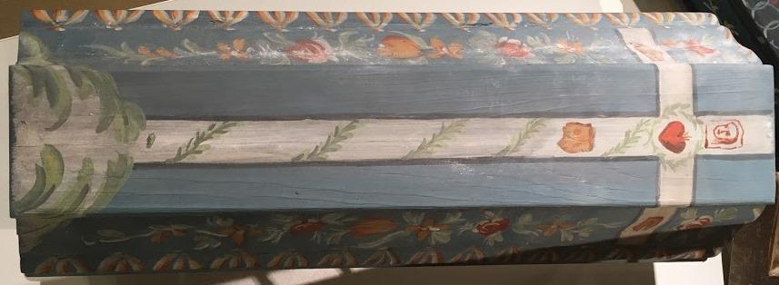 festett gyermekkoporsó